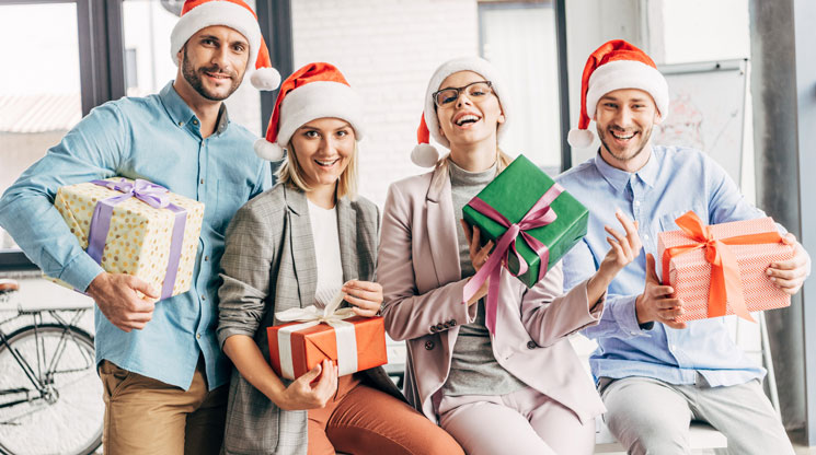 Gifts Ideas for Your Office Holiday Gift Exchange