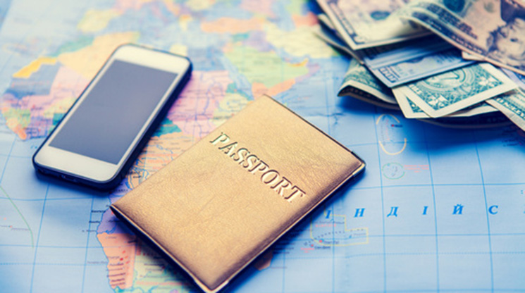 Keeping Your Money Safe While You Travel